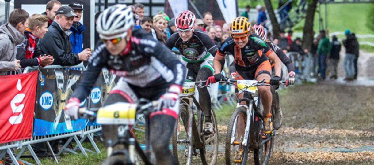 Mountainbike-Rennen mit Elisabeth Brandau